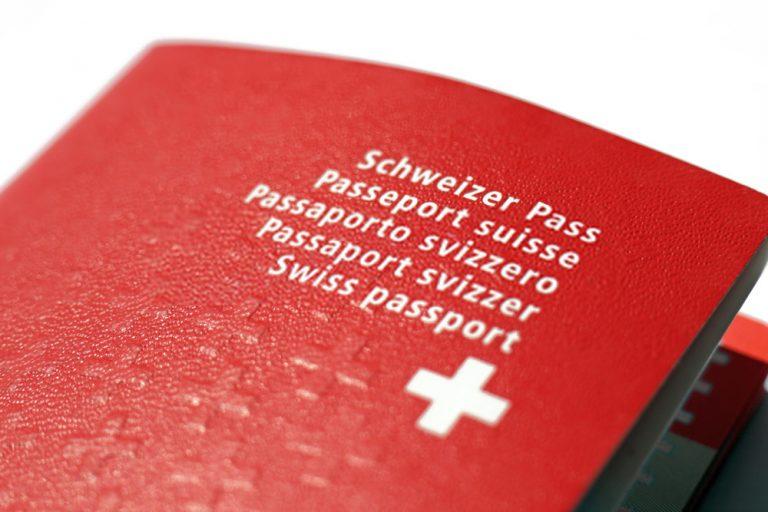 الجنسية السويسرية أنواعها وشروط الحصول عليها وكم تكلف